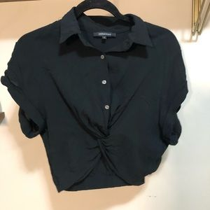 Twist front collared shirt (cropped)